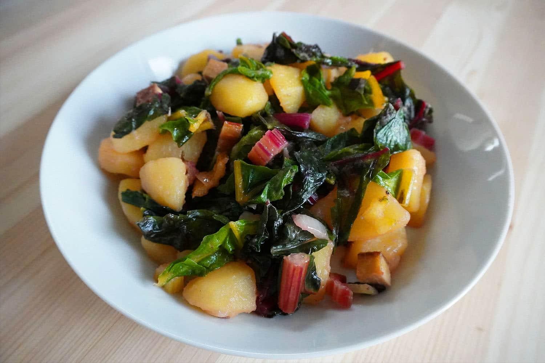 Kartoffelpfanne mit Mangold